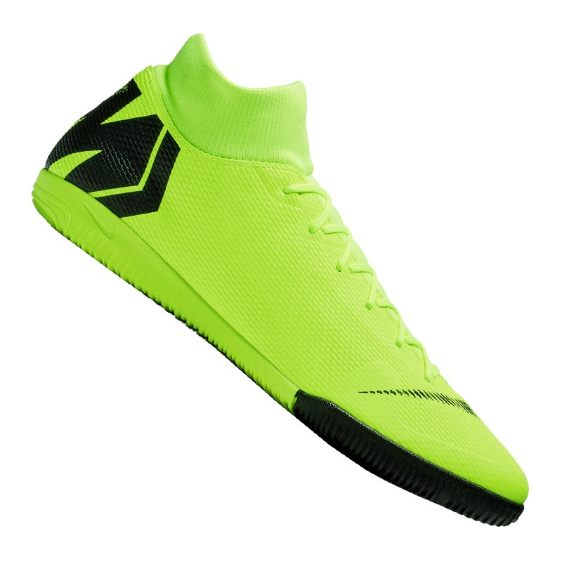 Nike SuperflyX 6 Academy IC 701